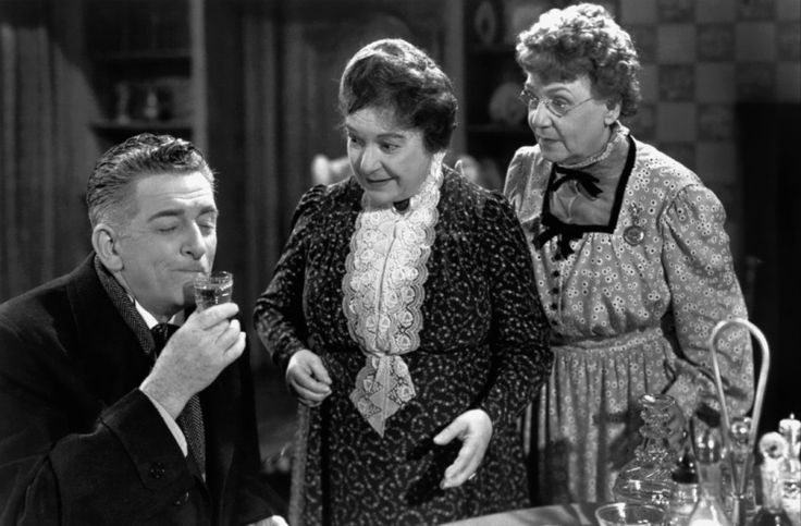Aunt Abby and Martha Brewster Arsenic and Old Lace Frank Capra