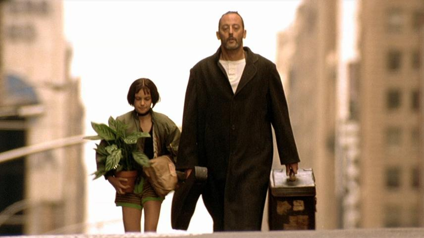 Leon the Professional Luc Besson Natalie Portman