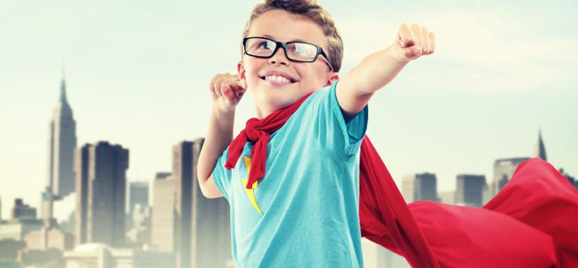 Мальчик супергерой